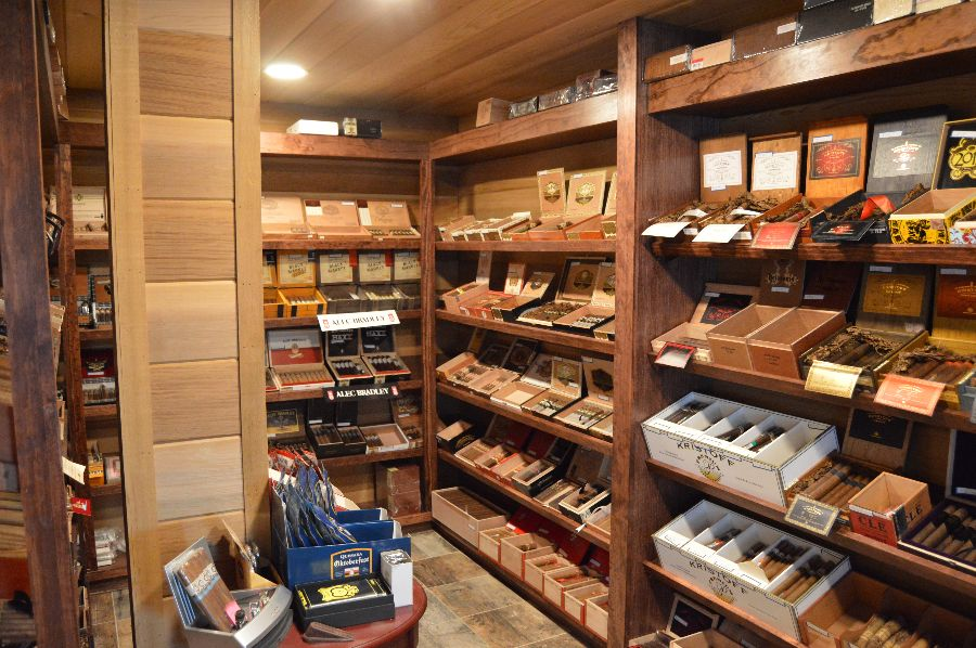 smoke-stack-cigar-shop-cigars-ri-022