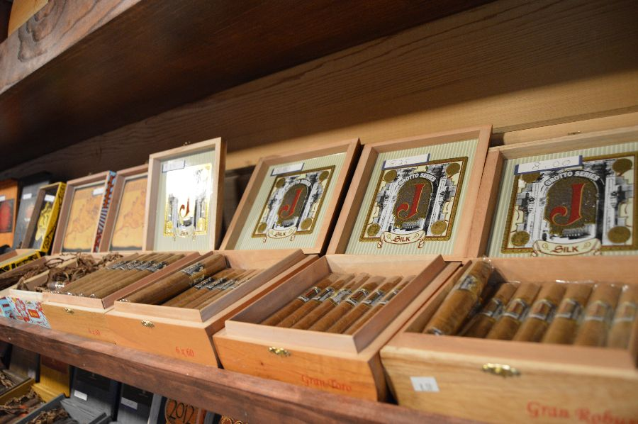 smoke-stack-cigar-shop-cigars-ri-029